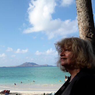 Idil Biret at Honolulu