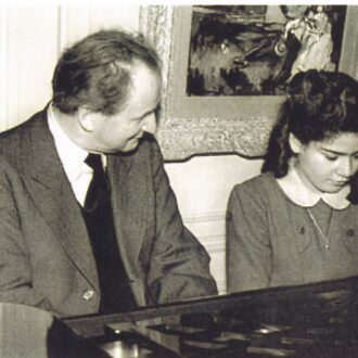 Kempff working with Idil preparing for their concert in Paris 1953.